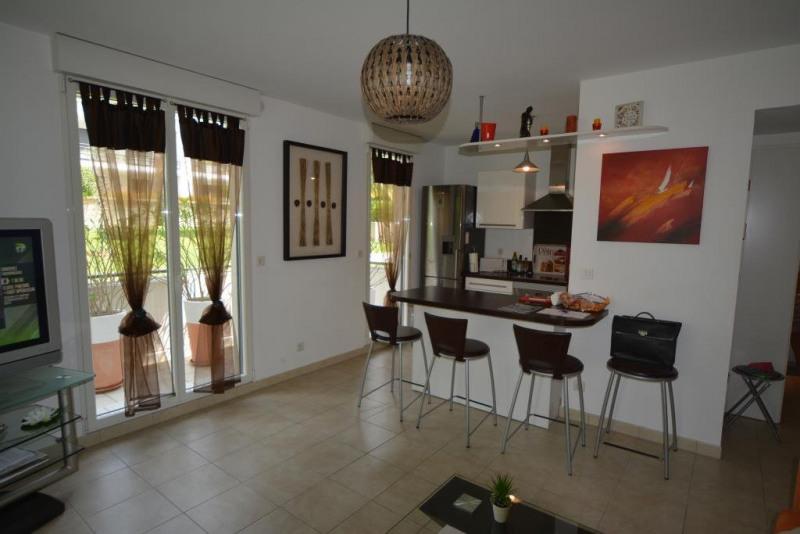 Sale apartment Juan-les-pins 368000€ - Picture 2