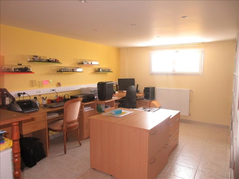 Sale house / villa Plouhinec 276 130€ - Picture 7
