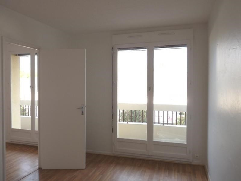 Sale apartment Poissy 192 000€ - Picture 3