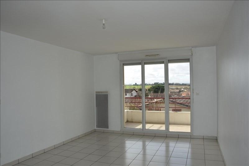 Location appartement Quint 775€ CC - Photo 2