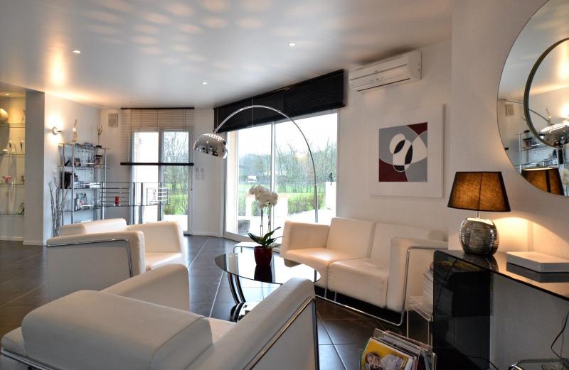 Sale house / villa Paray le monial 340000€ - Picture 1