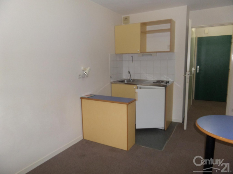 Location appartement Caen 342€ CC - Photo 3