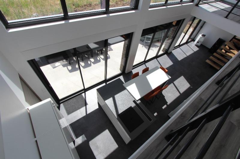 Sale house / villa Moncheaux 332000€ - Picture 4