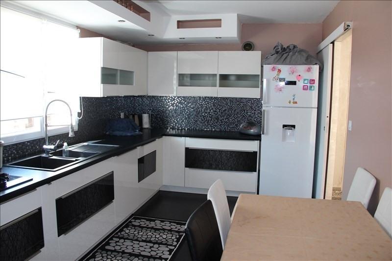 Sale house / villa Bourgoin jallieu 399000€ - Picture 7