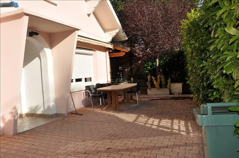 Sale house / villa Oyonnax 273000€ - Picture 4