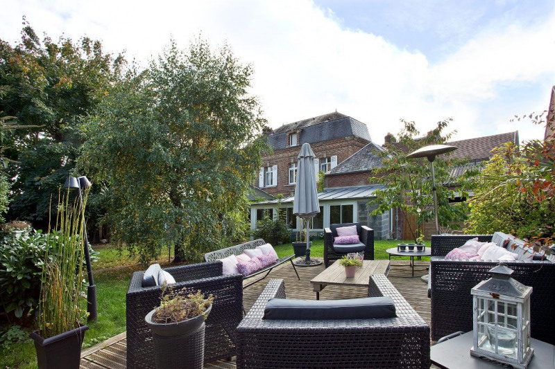 Investment property house / villa Beauvais 485000€ - Picture 1