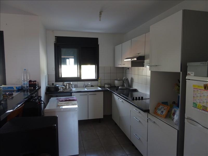 Rental apartment Saint-pierre 500€ CC - Picture 1