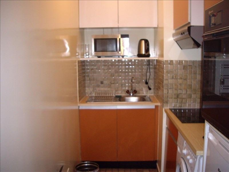 Rental apartment Paris 17ème 2000€ CC - Picture 2