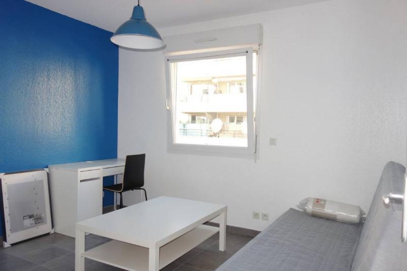 Rental apartment Toulon 415€ CC - Picture 1