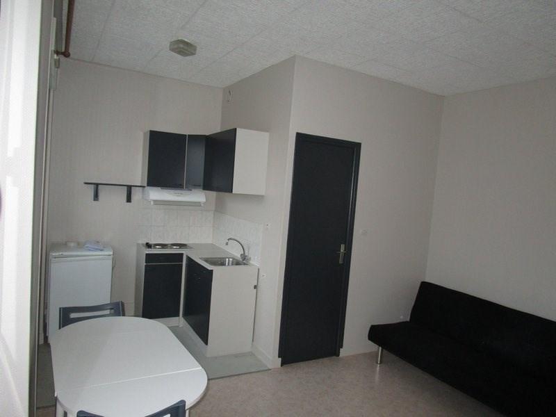 Location appartement St lo 275€ CC - Photo 2