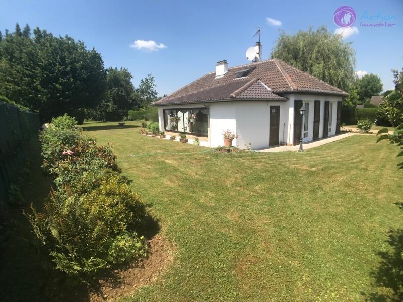 Sale house / villa Lesigny 469000€ - Picture 1