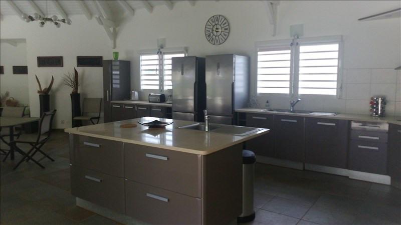 Deluxe sale house / villa Ste anne 1010000€ - Picture 4