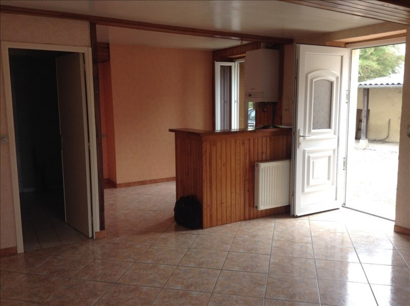 Rental apartment Maligny 380€ CC - Picture 4