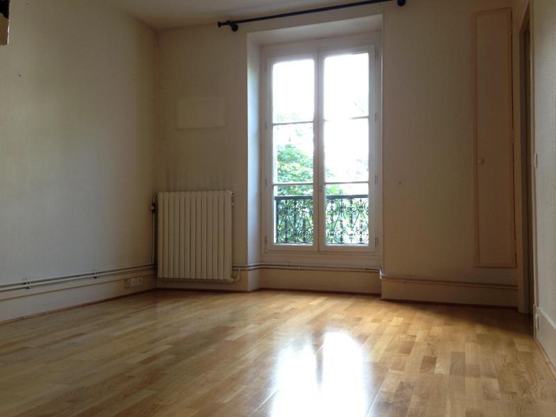Location appartement Paris 12ème 936€ CC - Photo 1
