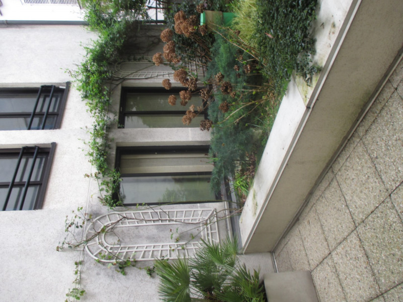 Rental apartment Paris 14ème 880€ CC - Picture 1