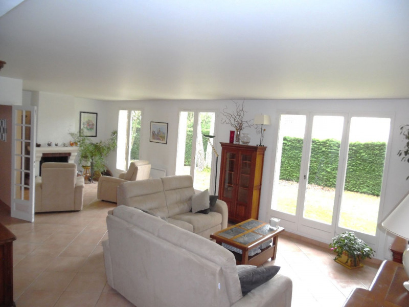 Sale house / villa Lesigny 445 000€ - Picture 2