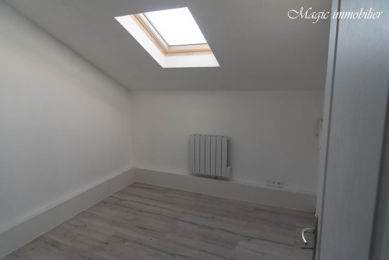 Rental apartment Oyonnax 365€ CC - Picture 6