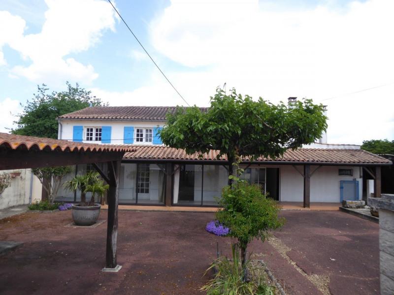 Vente maison / villa Burie 117480€ - Photo 15