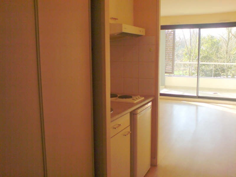 Location appartement La rochelle 418€ CC - Photo 3