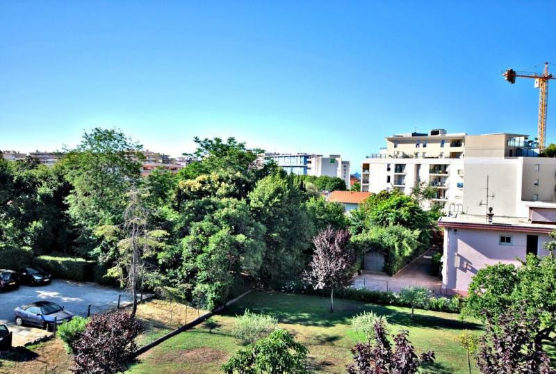 Sale apartment Juan-les-pins 215000€ - Picture 1