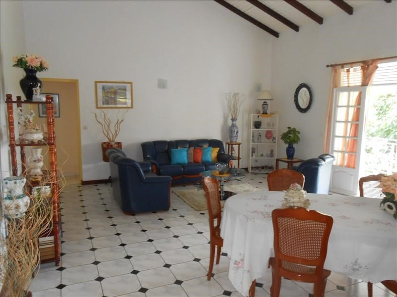 Investment property house / villa St claude 310000€ - Picture 4