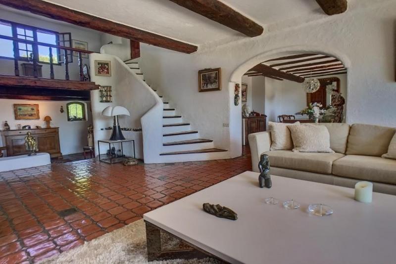 Vente de prestige maison / villa Antibes 1060000€ - Photo 4