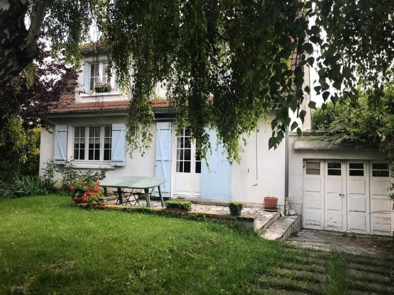 Sale house / villa Taverny 325500€ - Picture 1