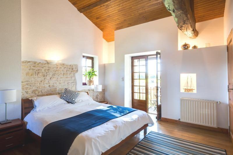 Sale house / villa Ruffec 288750€ - Picture 4