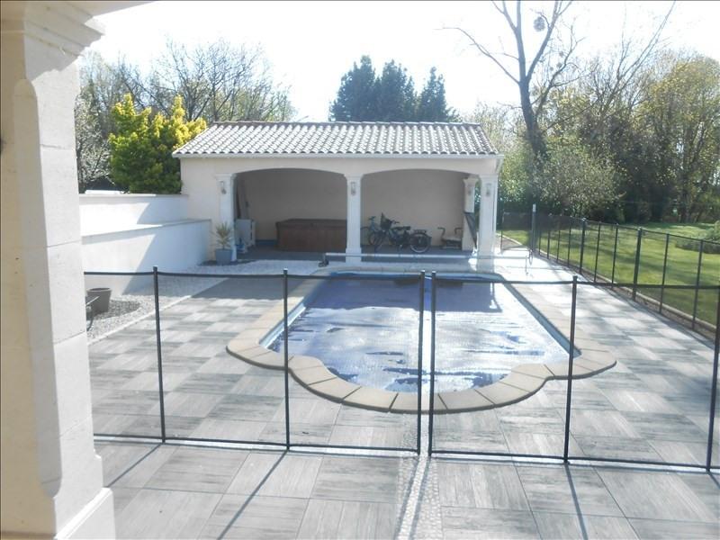 Sale house / villa Aulnay 242650€ - Picture 2
