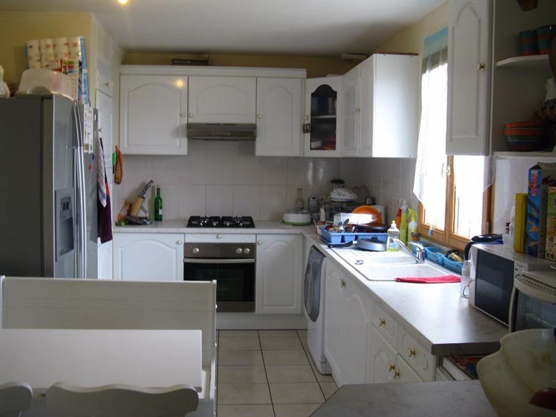 Sale house / villa Crevecoeur le grand 177000€ - Picture 4