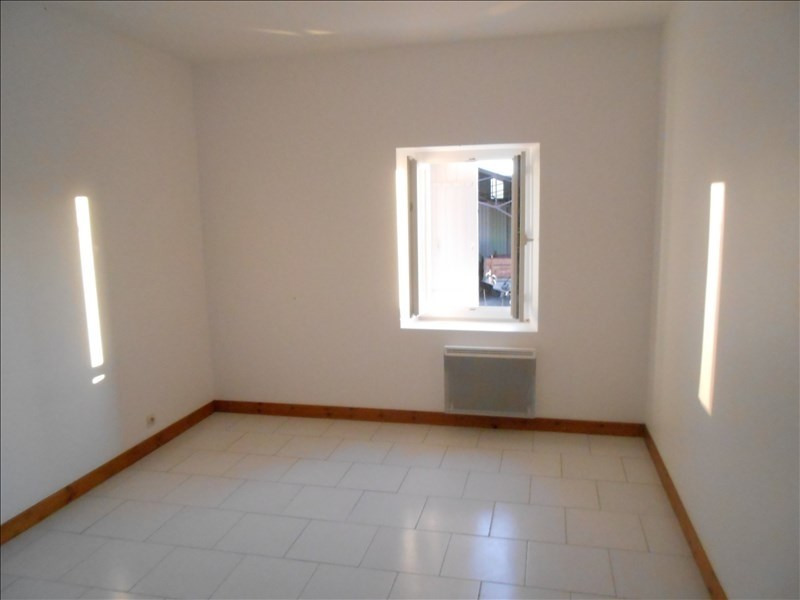 Rental house / villa Aulnay 508€ CC - Picture 4