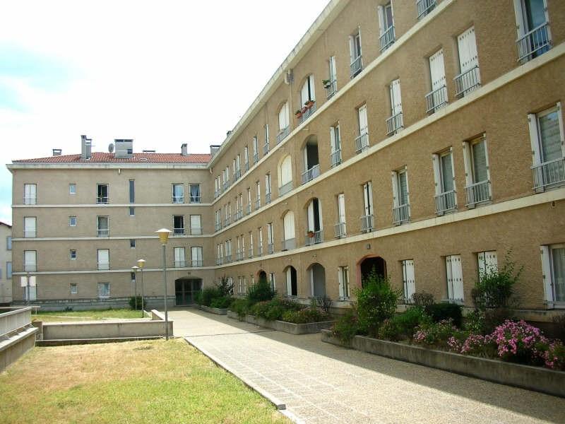Location appartement Le puy en velay 384,75€ CC - Photo 4