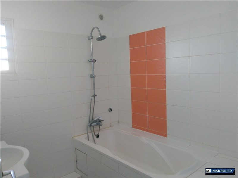 Location appartement Ste marie 850€ CC - Photo 3