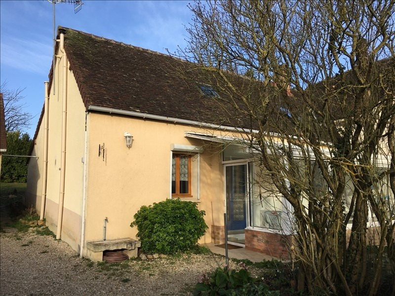 Sale house / villa Proche thorigny sur oreuse 134 000€ - Picture 1