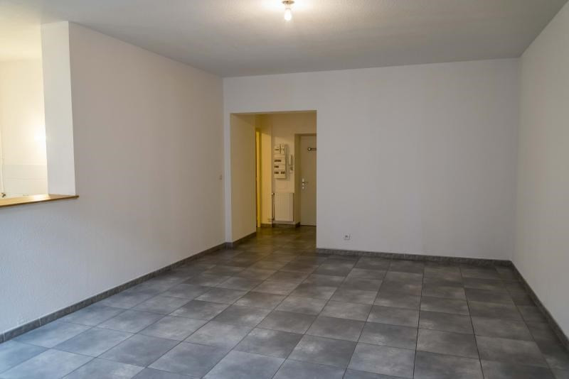 Location appartement Nantua 419€ CC - Photo 3