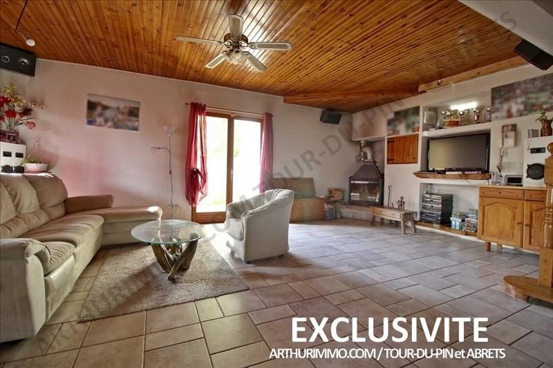 Sale house / villa Les abrets 225000€ - Picture 2