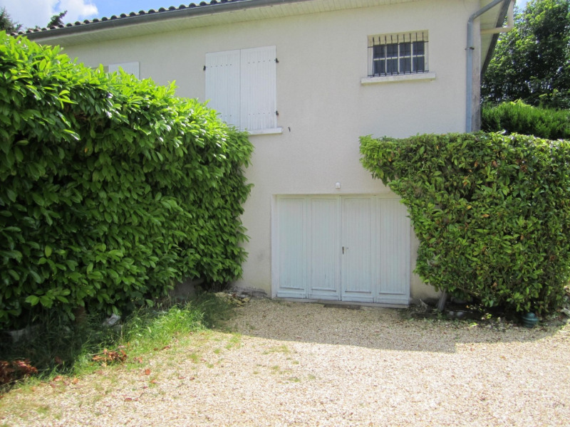 Sale house / villa Barbezieux saint -hilaire 130000€ - Picture 4