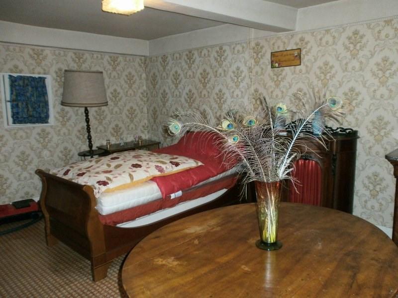 Sale house / villa St georges d esperanche 210000€ - Picture 8