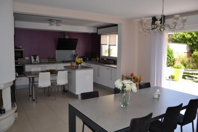 Sale house / villa Châlons-en-champagne 320000€ - Picture 5
