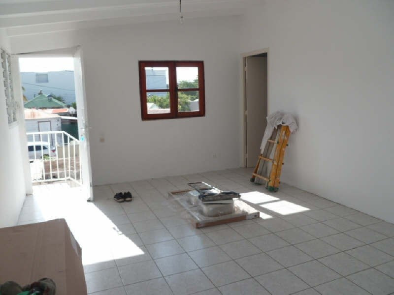 Alquiler  apartamento Ste anne 570€ CC - Fotografía 4