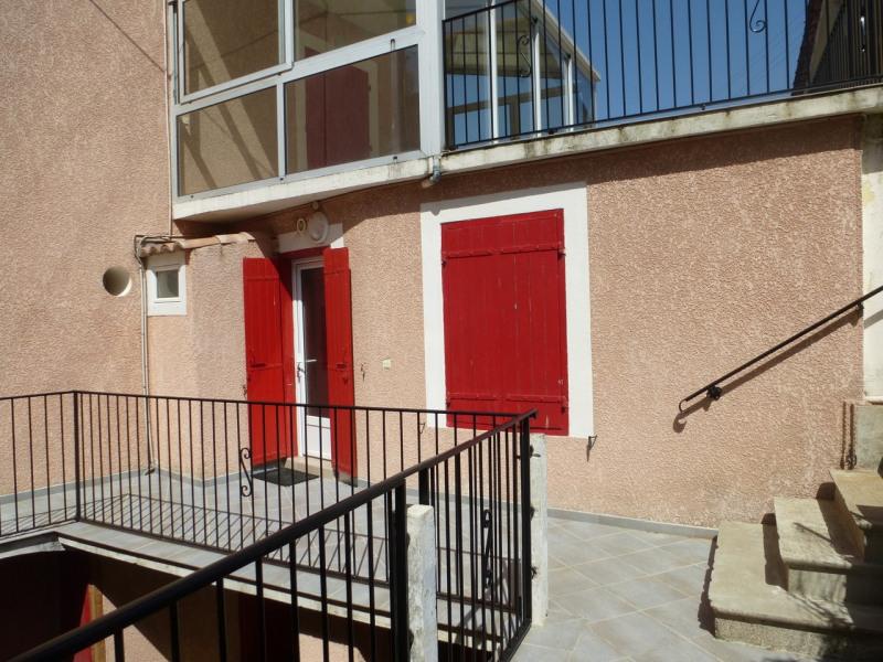 Location appartement Vals-les-bains 305€ CC - Photo 1