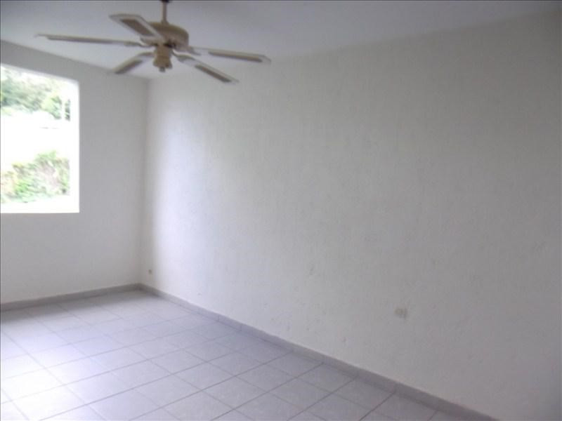 Location appartement Deshaies 760€ CC - Photo 7