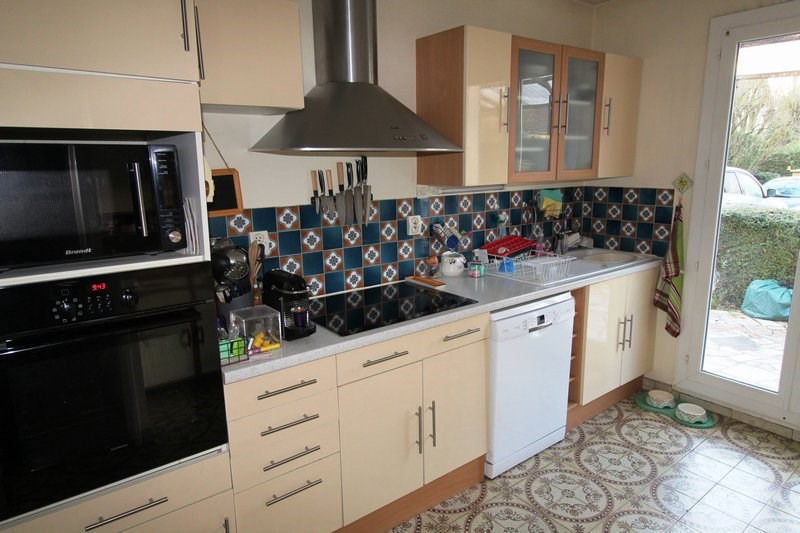 Rental house / villa Le mesnil st denis 1845€ CC - Picture 5