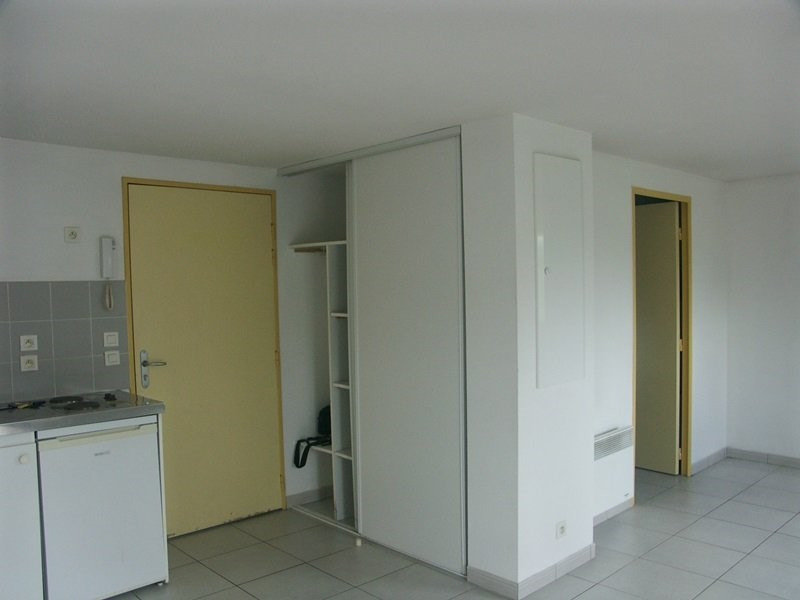 Location appartement Tarbes 385€ CC - Photo 2