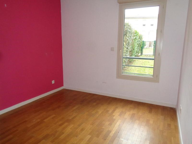 Location appartement Grezieu la varenne 915€ CC - Photo 5