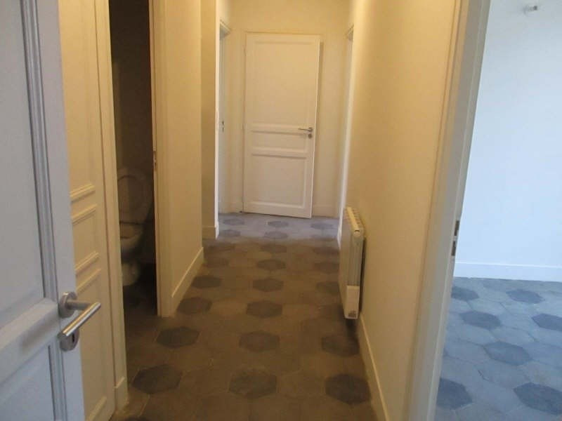 Location appartement Nimes 966€ CC - Photo 7