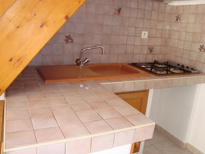 Location appartement Cadolive 817€ CC - Photo 3
