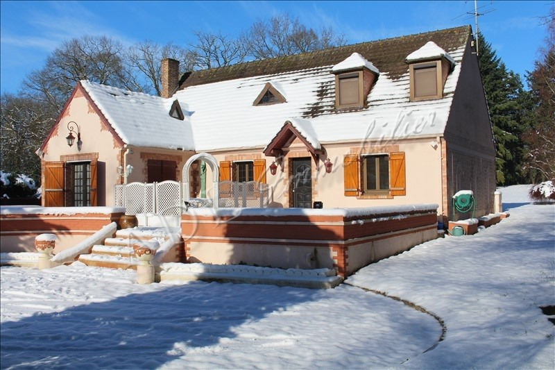 Deluxe sale house / villa Lamorlaye 728000€ - Picture 1