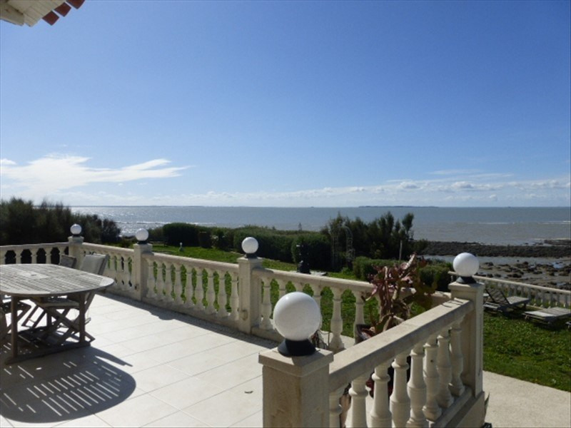 Deluxe sale house / villa Angoulins 3594500€ - Picture 1