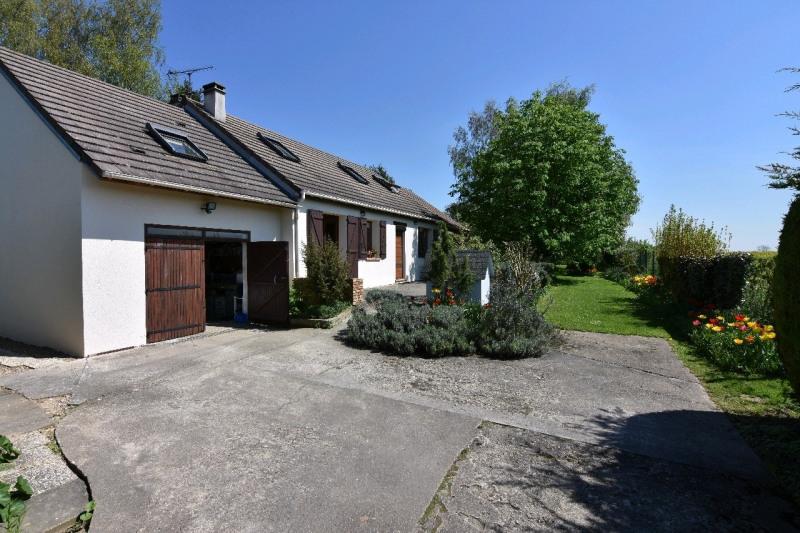 Sale house / villa Neuilly en thelle 342000€ - Picture 2